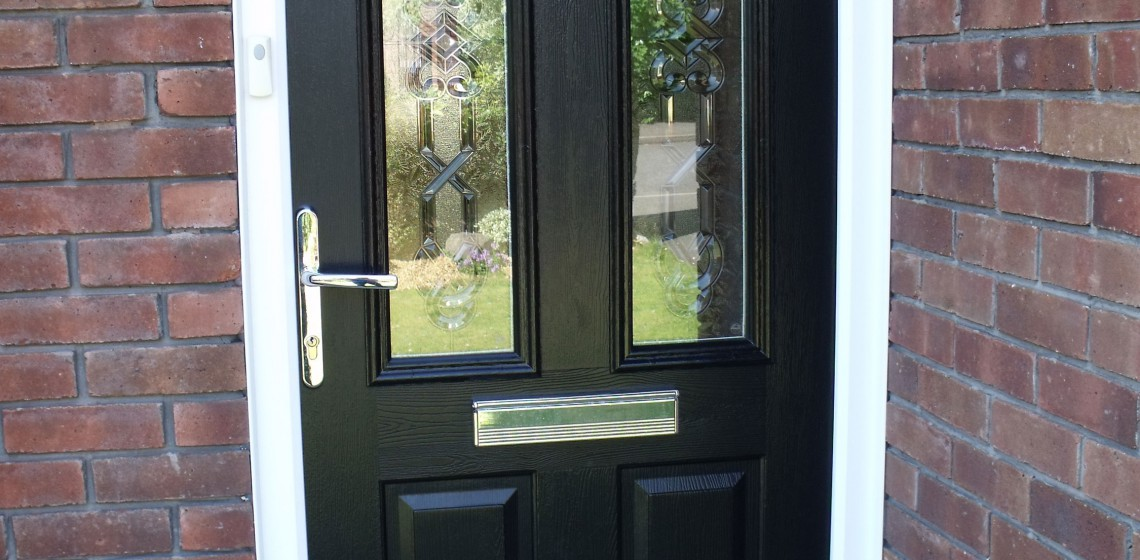 The no nonsense Solidor Nottingham composite door a door that is assured in its own character just like that other legend of this fine city ... & Solidor Nottingham Composite Door by Timber Composite Doors ... pezcame.com