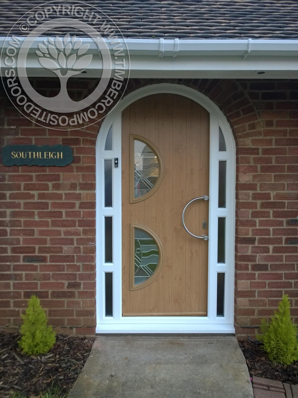Irish-Oak-Arched-Siena-Solidor-Timber-Composite-Door