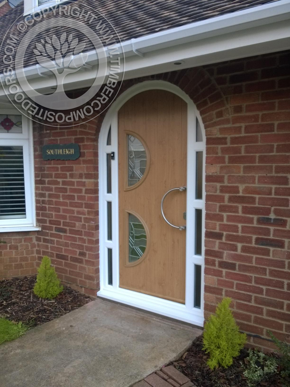 Irish-Oak-Arched-Siena-Solidor-Timber-Composite-Door2