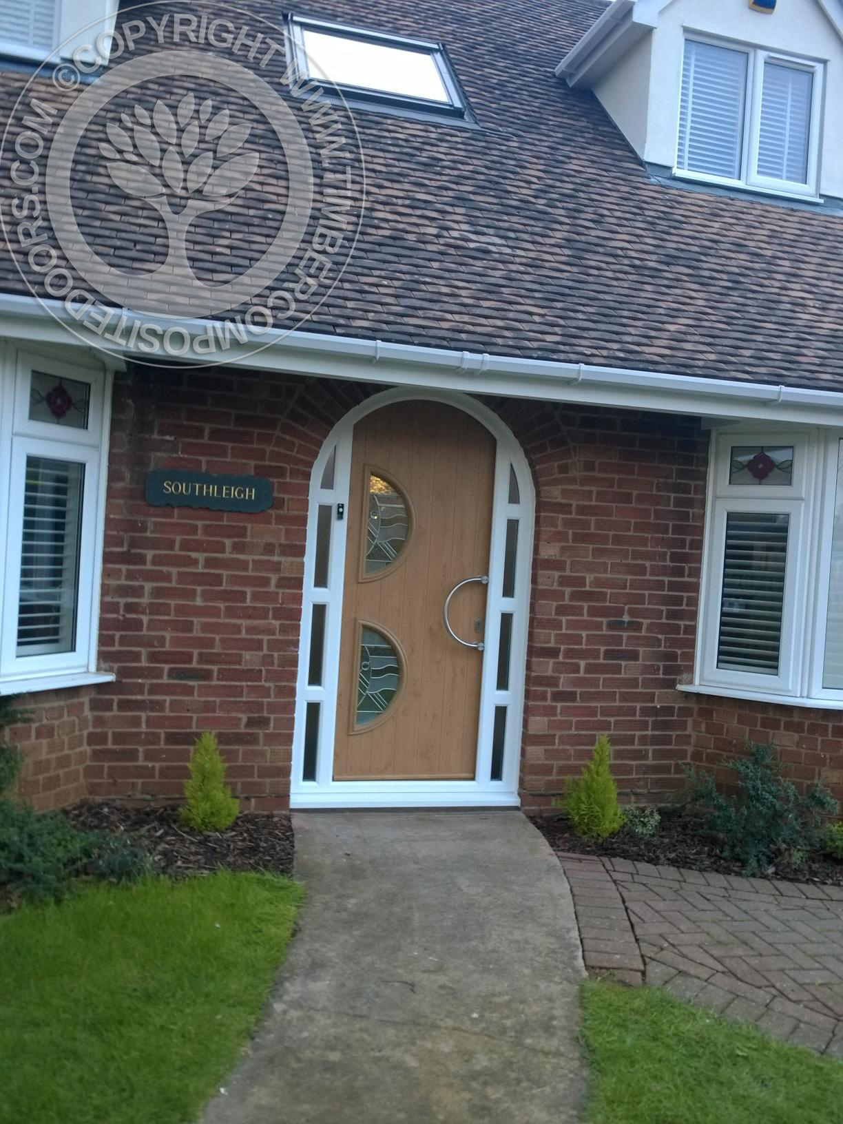 Irish-Oak-Arched-Siena-Solidor-Timber-Composite-Door3