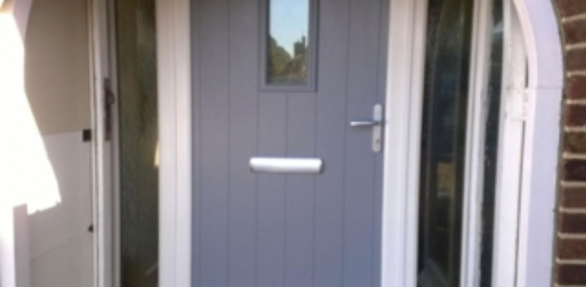 grey-flint-arched-solidor-timber-composite-door